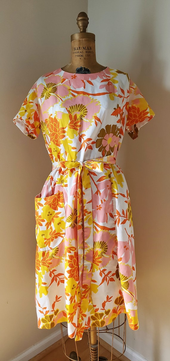 Vintage 1950's Dress - 50s Swirl Wrap Dress Floral