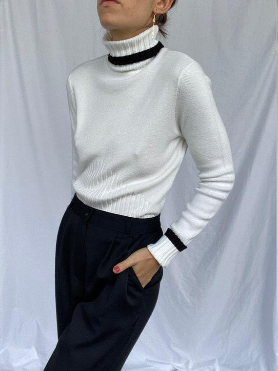 90s vintage white turtleneck