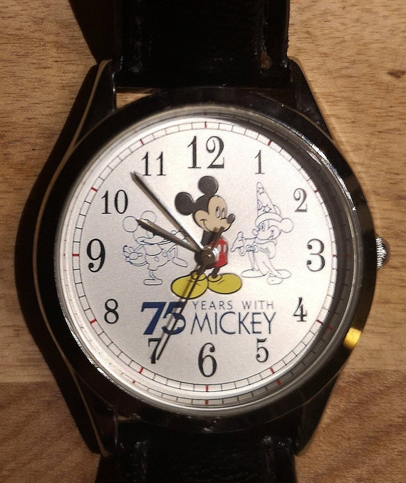 Rare Mickey Mouse Vintage Watch   75 Years With Mi