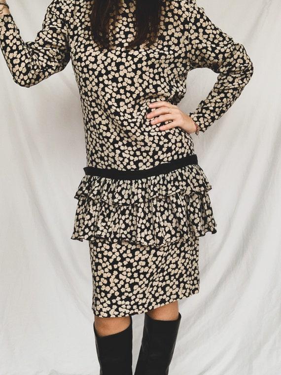 20s model hand-stitched silk dress