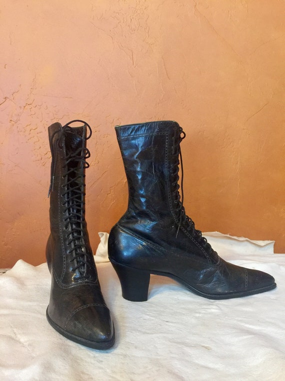 Victorian-Antique Lace UpLadies Boots
