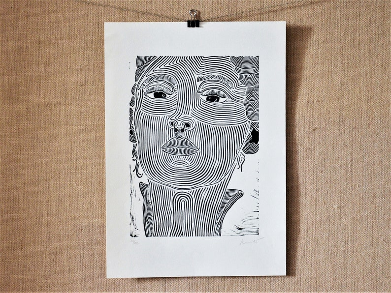 limited to the Din A3 Woman with Piercing Original linocut print