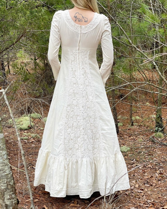 Gunne Sax 1960's ivory lace gown! - image 2