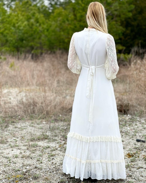 Vintage Gunne Sax 1970's lace gown! - image 3