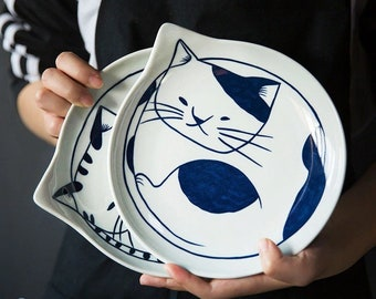 Japanese Hand Painted Small Kitty Plate Spoon Rest