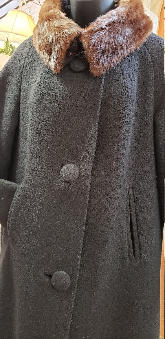 Vintage 1940's BOUCLE WOOL Coat with Mink Collar