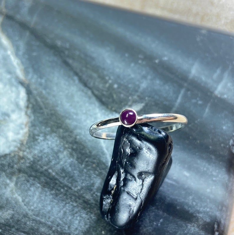 3mm Simple Purple Stackable RingSterling SilverHandmade in USAAvailable In Size 5-9Ring For WomenFree ShippingGreat Service