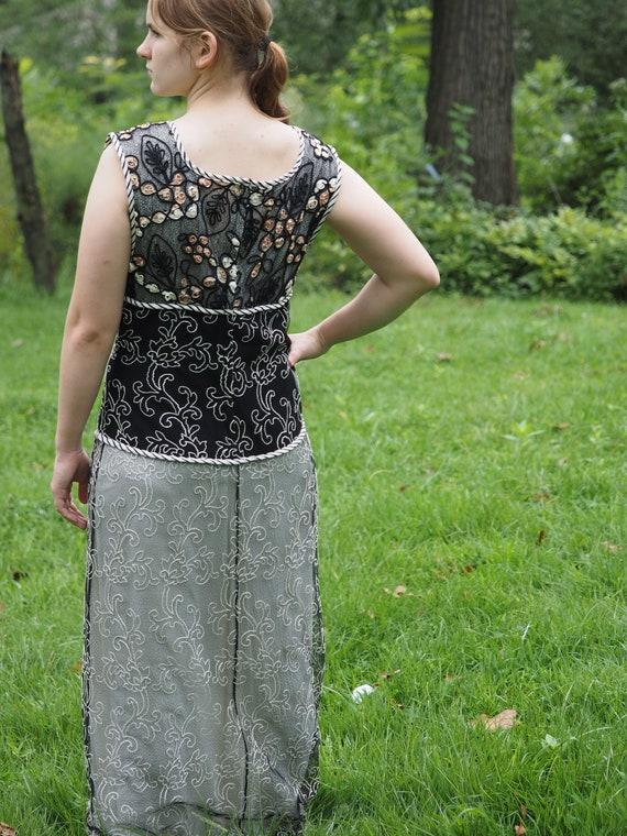 S.A.A.K. Elegant Long Sleeveless Dress