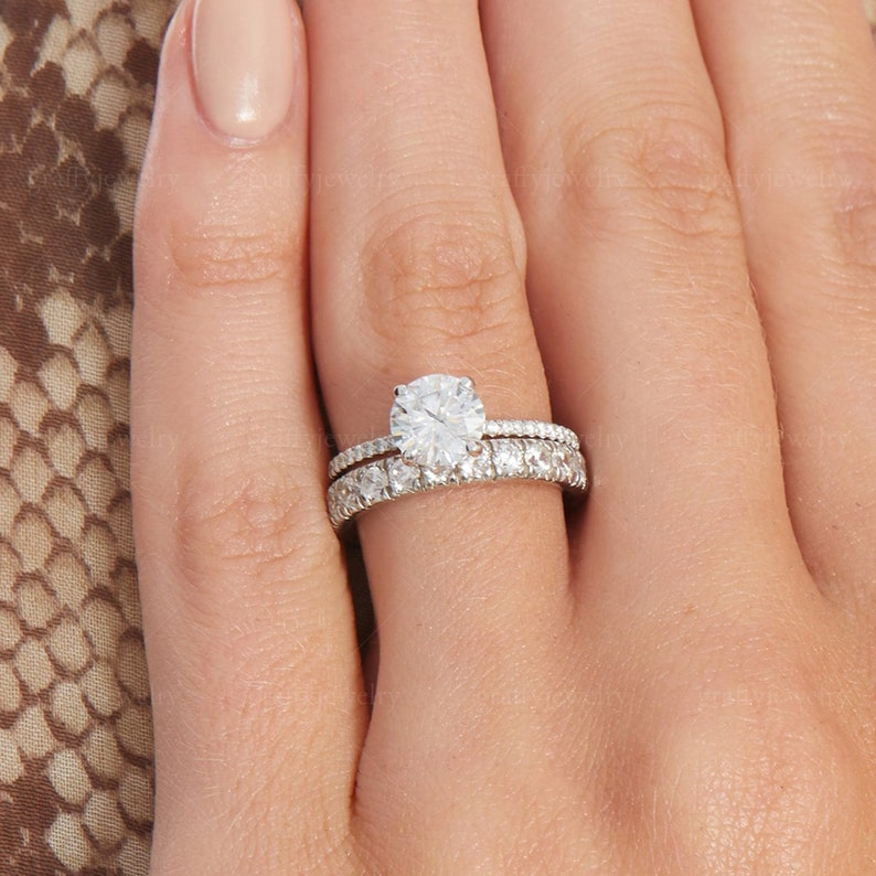Gifts 1.20 Ct Round Brilliant Cut Colorless Moissanite Ring Moissanite Engagement Ring Claw Prongs Pave Set Ring White Gold Wedding Ring