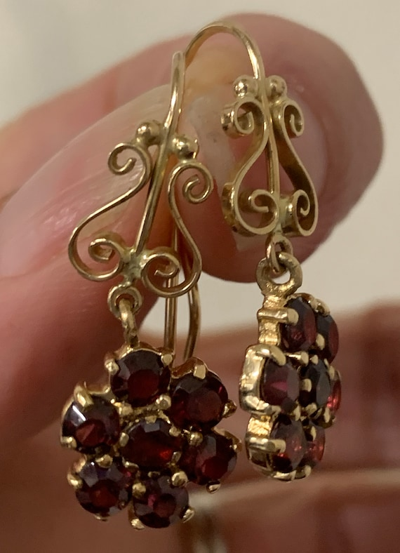 Vintage Garnet drop Earrings
