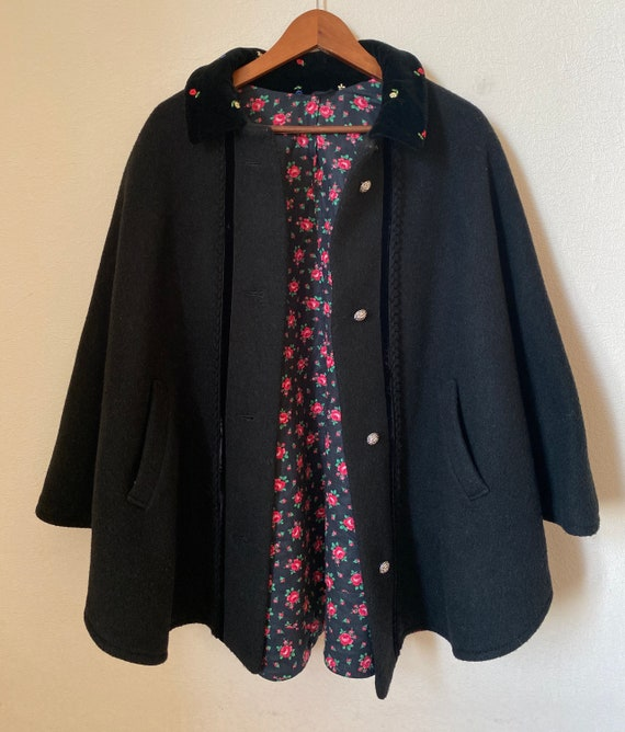 Vintage Wool Ladies Cape Black Wool Cape