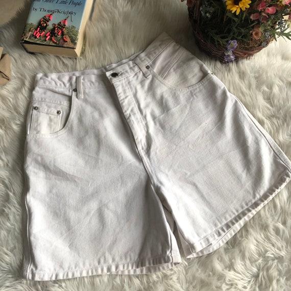 90s vintage Bill Blass Pastel Coral Denim High Waist Shorts