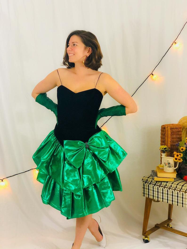 M 1980\u2019s Black Velvet Emerald Green Taffeta Party Cocktail Dress
