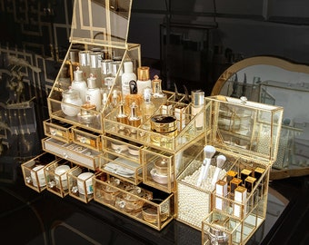 Makeup Organizer for Vanity Cosmetic Storage Golden Vintage Glass Box Clear Glass Brass Metal Jewelry Display with Lid Cosmetics Combination