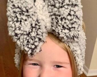 Gray Sherpa Head Wrap and Nylon Bow