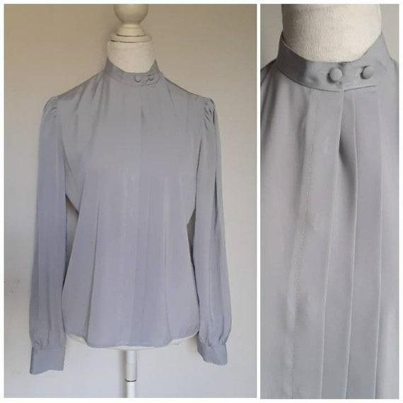 Vintage 80s Silver Grey Satiny Blouse Modest. Secretary Tag sz 12 Bust 40 Church