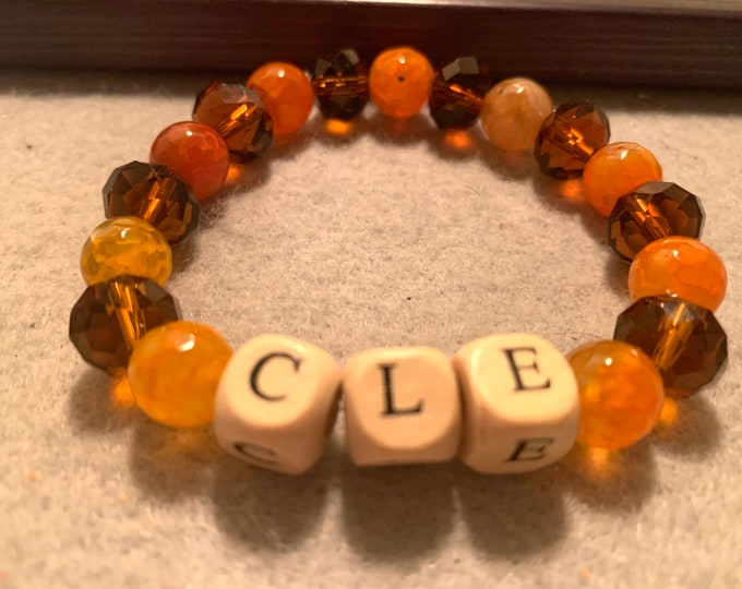 CLE Orange and Brown beaded stretch bracelet