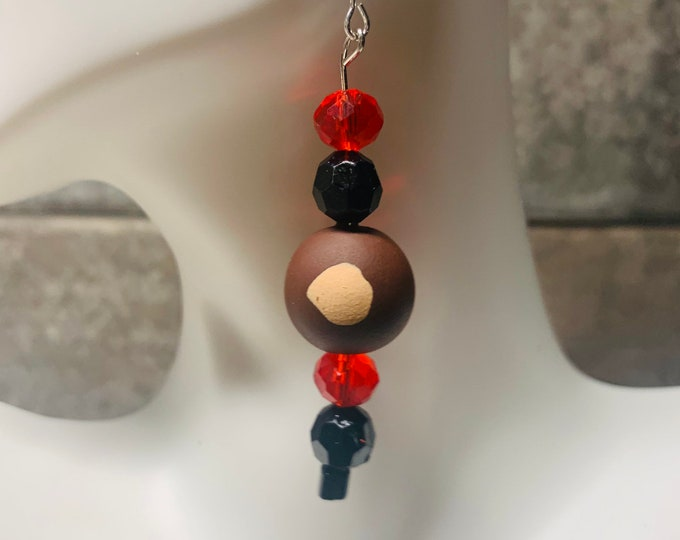 Buckeye earring set with red and black accent beads