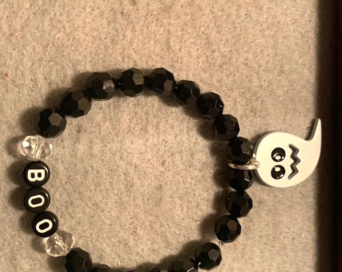 "Ghost/ ""BOO"" Halloween beaded pumpkins (large stretch bracelet"