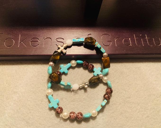 Turquoise colored beaded bracelet set (2)