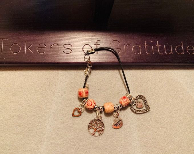 Mom/Family Charm Bracelet (customer chooses up to 5 charms)