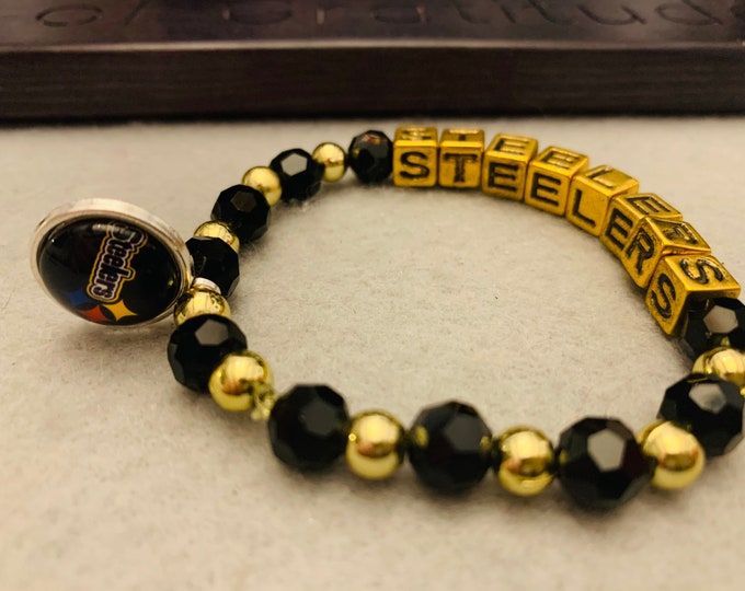 Black & Yellow Pittsburgh Beaded Bracelet with Charm