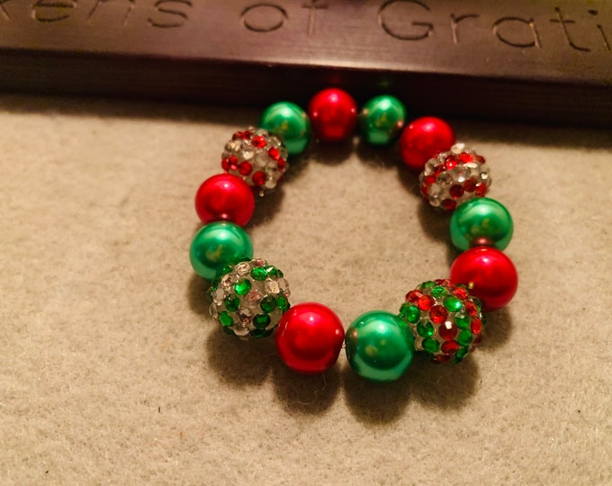Holiday colored Beaded Stretch Bracelet