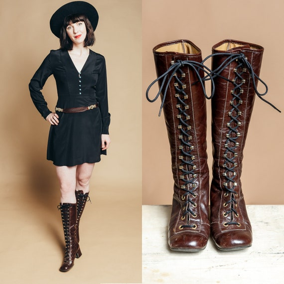 1960s/70s Brown Leather Lace Up GoGo Boots - SIZE