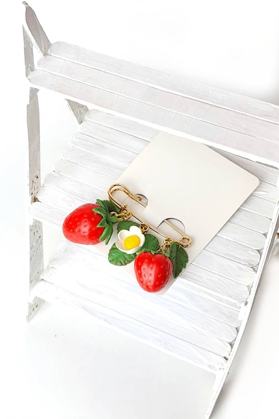 Acrylic Brooch Strawberry Brooch Plastic Brooch Strawberry Pin Strawberry Jewelry Fruit Brooch