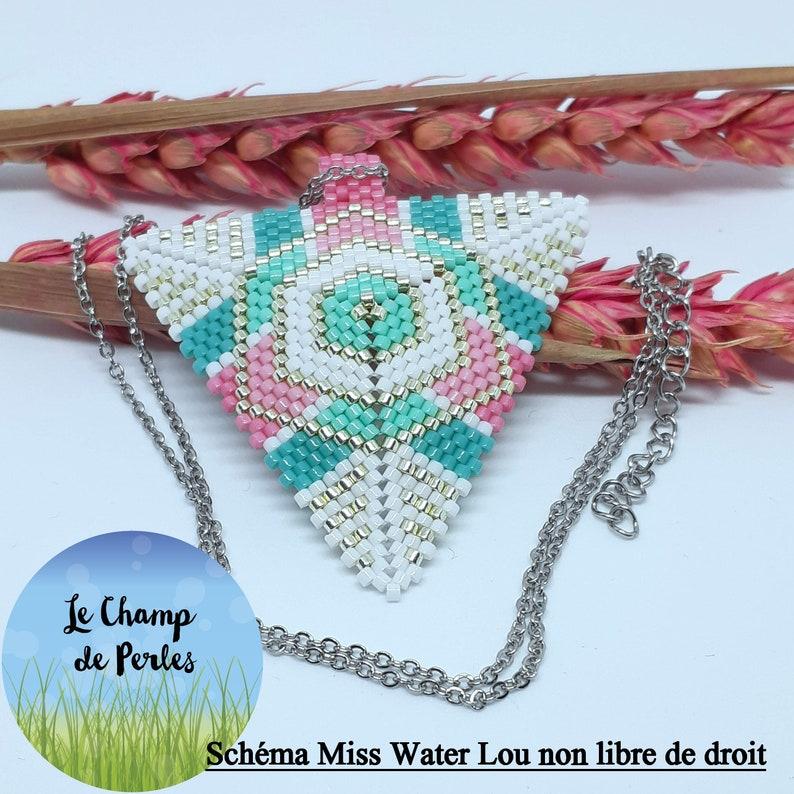 Triangle pendant woven with Miyuki