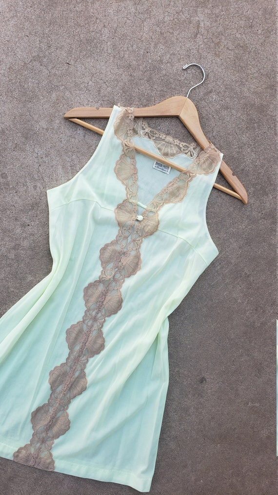 Vintage Emilio Pucci For Formfit Rogers Negligee … - image 5