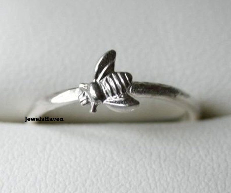 Handmade Ring Stackable Ring Designer Ring Personalized Ring Sterling Silver Ring Bee Ring Gift For Women Dainty Ring Vintage Ring