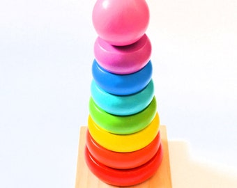 PERSONALISED Wooden Rings Game, Educational Toy, Rainbow tower, Wooden Pyramid - Rainbow Ring Stacker - Baby and kid Toy - Natural Wood Toy