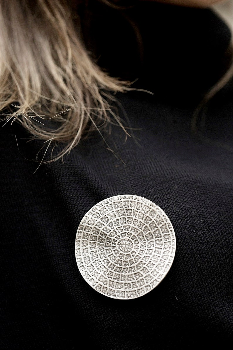 Rustic Boho Brooch Pin Wavy round large chunky matte silver plated tribal accessory hand made Turkish jewellery BR011