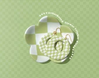 Checkered flower trinket dish! Aesthetic checkered flower shaped clay trinket dish. Aesthetic room decor, aesthetic art.