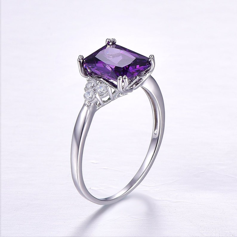 Sterling Silver Solidrate Accent Amethyst Ring Valentine Day Amethyst Vintage Promise Ring Cubic Zirconia Ring February Birthstone