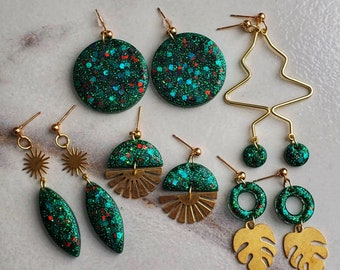 Green Resin Earrings |  Glitter Earrings | Lightweight Earrings | Winter Earrings | Aretes en Resina | Pantallas en Resina