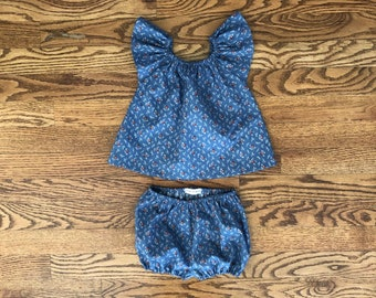 6-12mo Vintage cotton outfit for baby - Classic shirt top and bloomers/shorts set made out of vintage calico for infants