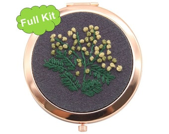 Personalized Gift Idea DIY Beginner Embroidery Kit Mirror Modern Floral Hand Embroidery Full Kit Foldable Make-up Mirror Purse Mirror