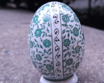 Small stand egg - hand-painted - unique
