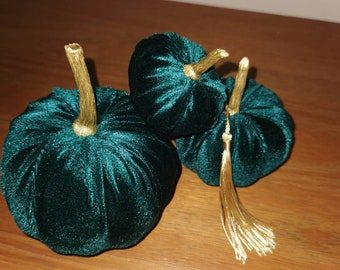 Set off 3 mini  velvet pumpkins