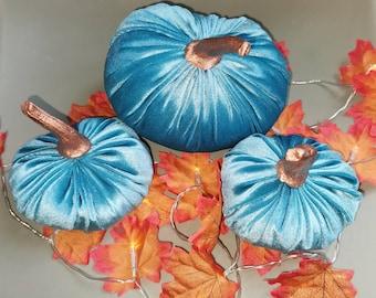 Set of 3 velvet pumpkins