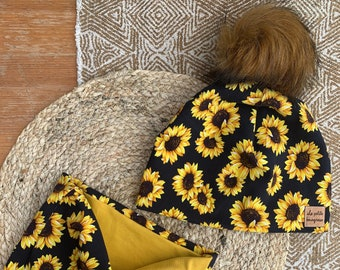 Sunflower unlined toque and neck cover set, with or without pompom, junior size 20 inches