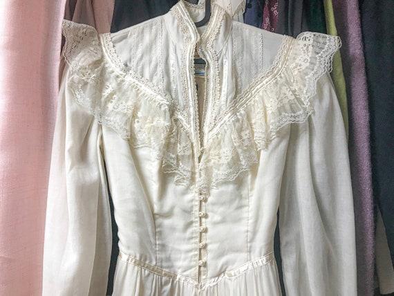 Vintage gunne sax victorian revival wedding dress