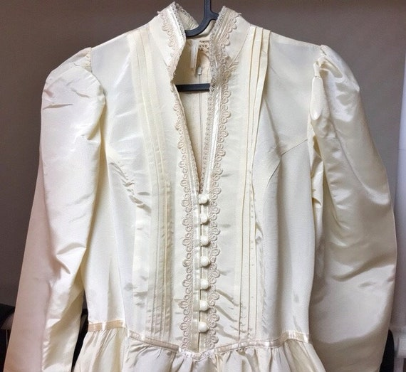 Vintage Gunne sax wedding dress/victorian style d… - image 2