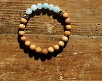 Essential Oil Diffuser Bracelet: Natural Sandalwood & Aquamarine Beads with Gold Washers