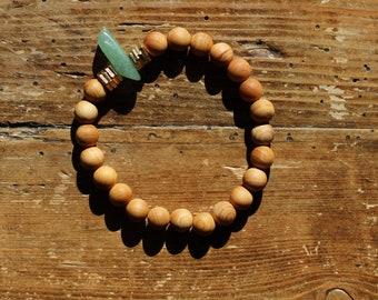 Essential Oil Diffuser Bracelet: Natural Sandalwood & Aventurine Pendant with Gold Washers