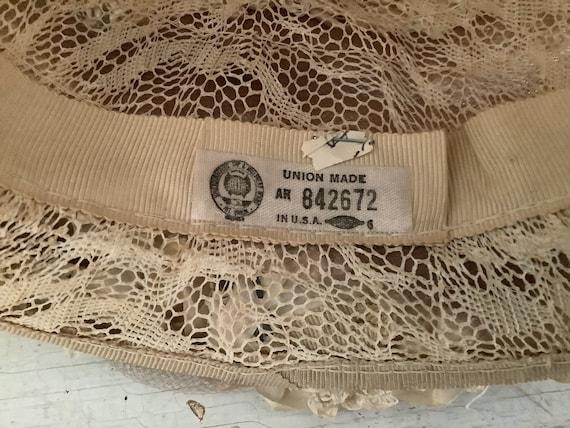 Vintage 1960 Summer Straw Hat Union Made, Cloche … - image 9