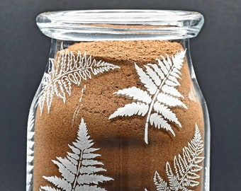 Cylindrical vase with turned-edged blown glass with hand-engraved fern leaves