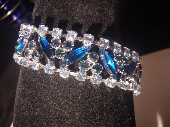 SHERMAN Quality Three BLUES Rhinestones BRACELET